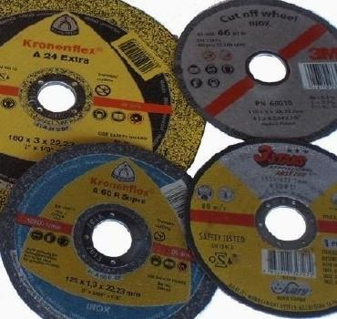 Grinding wheels for cleaning rusted surfaces and grinding welds.