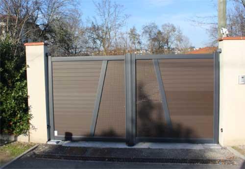 Portail aluminium motorisé et coulissant
