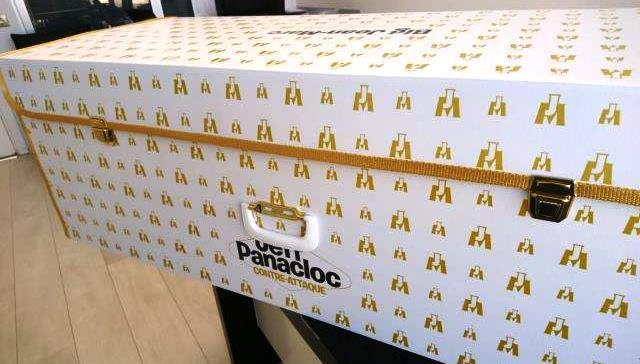 corrugated-cardboard-suitcase
