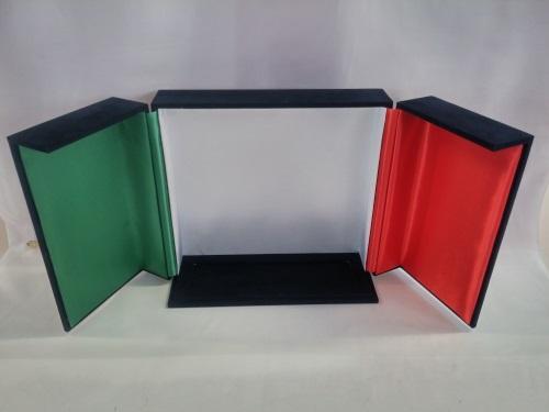 Cofanetto tricolore