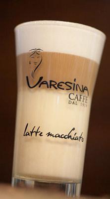 Varesina Caffè è un'affermazione commerciale con valori forti, come la passione sincera, la cura in ogni fase del lavoro, la costante ricerca dell'eccellenza qualitativa e del miglior servizio.