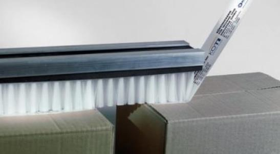Suitable for pressing on labels, but also for sealing, transporting, etc.