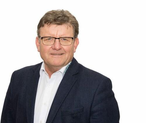 Reinhard Enzlmüller, Geschäftsführer