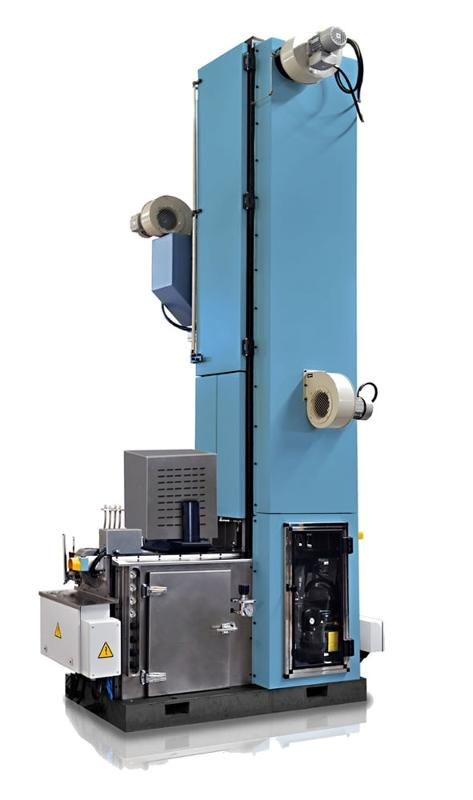 The MRC+T-E post repair system is designed for any format. The conveyor speed is adjustable from 100 up to 500 ends per minute for ¼ club or equivalent and up to 600 ends per minute for round ends.