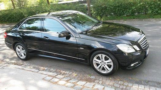 Mercedes E-klasse steht Ihnen zur Verfügung!!!