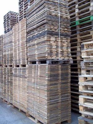 Cadre contre palette de multiple dimensions  Production en bois neuf et occasion