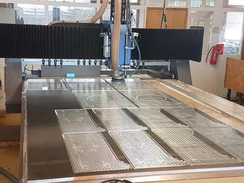 Alu Platten X-3200 Y-2200 Z-330