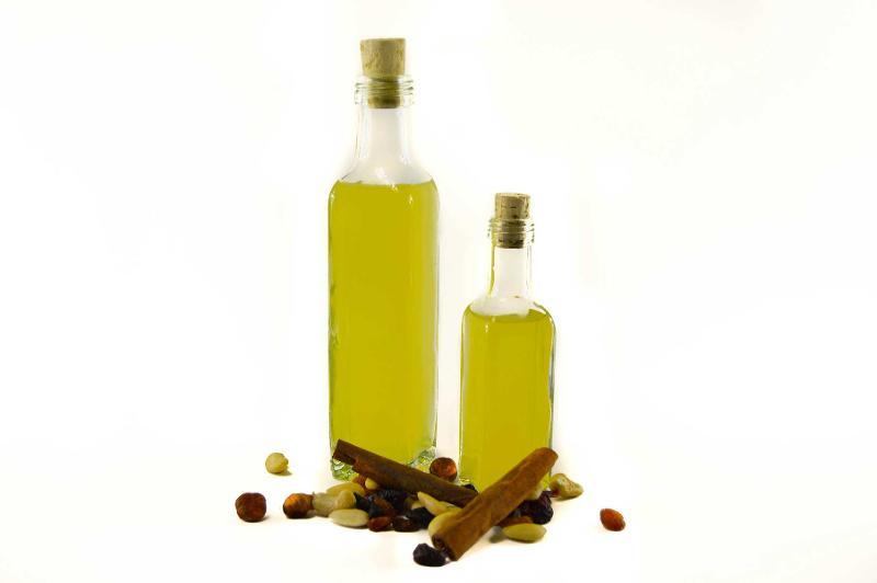 Ideal para guardar líquidos alimentares como azeite.