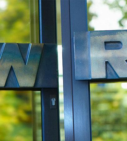 Willkommen bei der w+r !