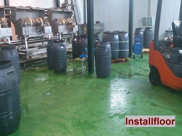 pavimento de resina epoxi en clasificado aceitunas