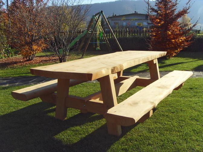 Tavoli in legno per esterno Beltramo