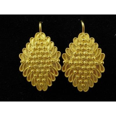 Jewellry in filigree handmade. Traditional Sardinian earrings.