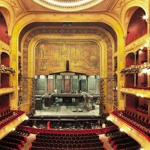As Théâtre du Châtelet is essentially used for Opera, State Automation had to comply with stringent sound requirements for the stage machinery equipement.