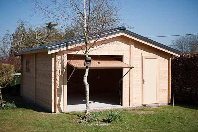 decochalet abris de jardin abri de jardin carports en bois sur europages. Black Bedroom Furniture Sets. Home Design Ideas