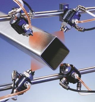 Le système MicroCoat Nordson EFD est un système de lubrification LVLP sans contact qui pulvérise un film fin et homogène de lubrifiant, sans surépaisseur ni brouillard.