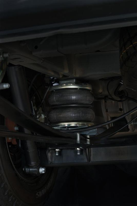 MAD air suspension on car