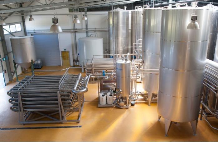 Komplette technologische Linien zur Herstellung von Säften,  - Saftkonzentraten und Fruchtpüree