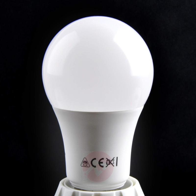 E27 10.5 W 827 LED lamp, matt - light-bulbs