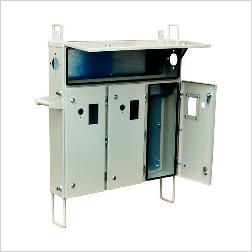 Forehead switchgear enclosures -
