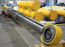Verrouillage mécanique de sécurité sur vérins hydrauliques - BOP Elevator Telescopic Cylinder 650 x 570, 480 x 380, Stroke 6 100 mm with Meta