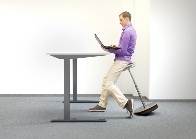 ADJUSTABLE OFFICE DESKS - Techmove desks with electrically adjusted height of the desktop.