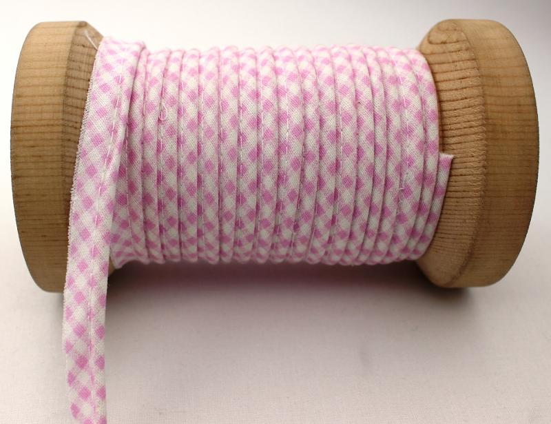 Color 152 - Ribbed Piping