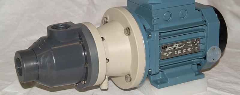 Progettazione pompe industriali - Dalle pompe pneumatiche a quelle autoadescanti