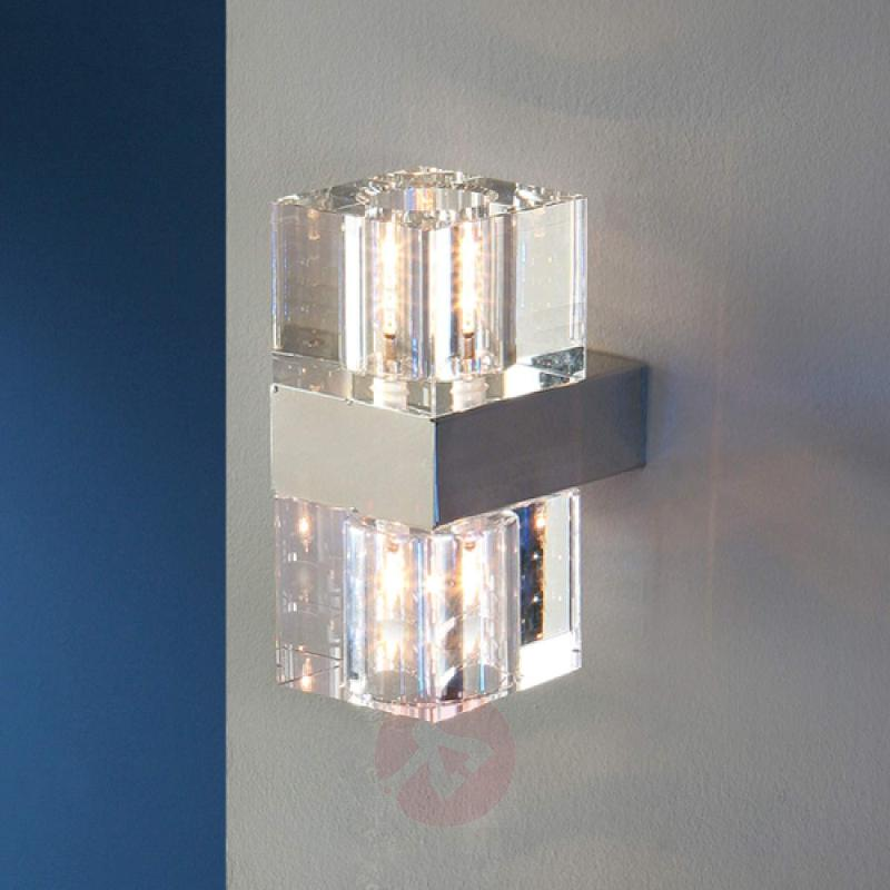 Cubic - a small wall light with clear glass - indoor-lighting