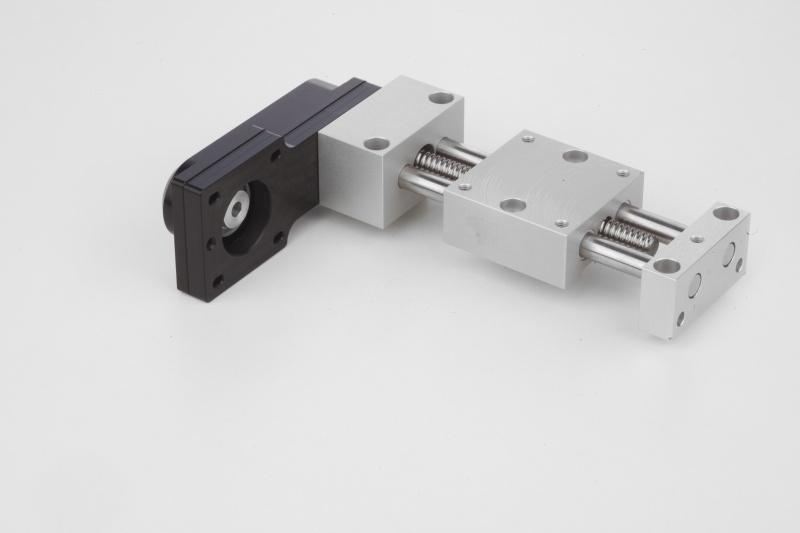 Positioning tables lateral - Positioning tables short or long with lateral electric drive