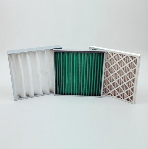 Cadres acier (galva) ou carton avec média filtrant - Média plissé sur grillage placé à l'intérieur d'un cadre ou cassette