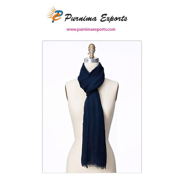 foulard en lin bleu foncé -
