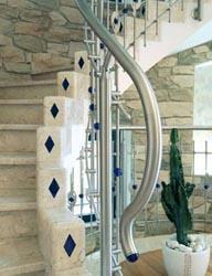 Ringhiera in acciaio inox - Ringhiera con disegno laser e intarsi in vetro di Murano