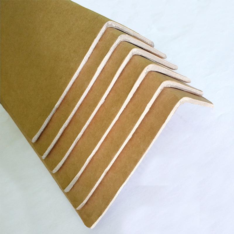 Cornière en carton -