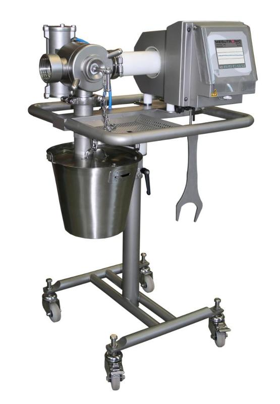 Mobile metal separator for connection to a vacuum filler - MEATLINE 07 O