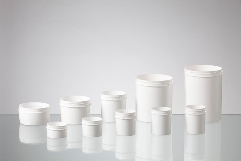 Injection moulded jar made of PP