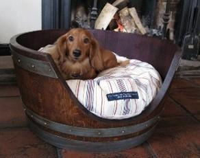 Half Barrel Dog Kennels - null
