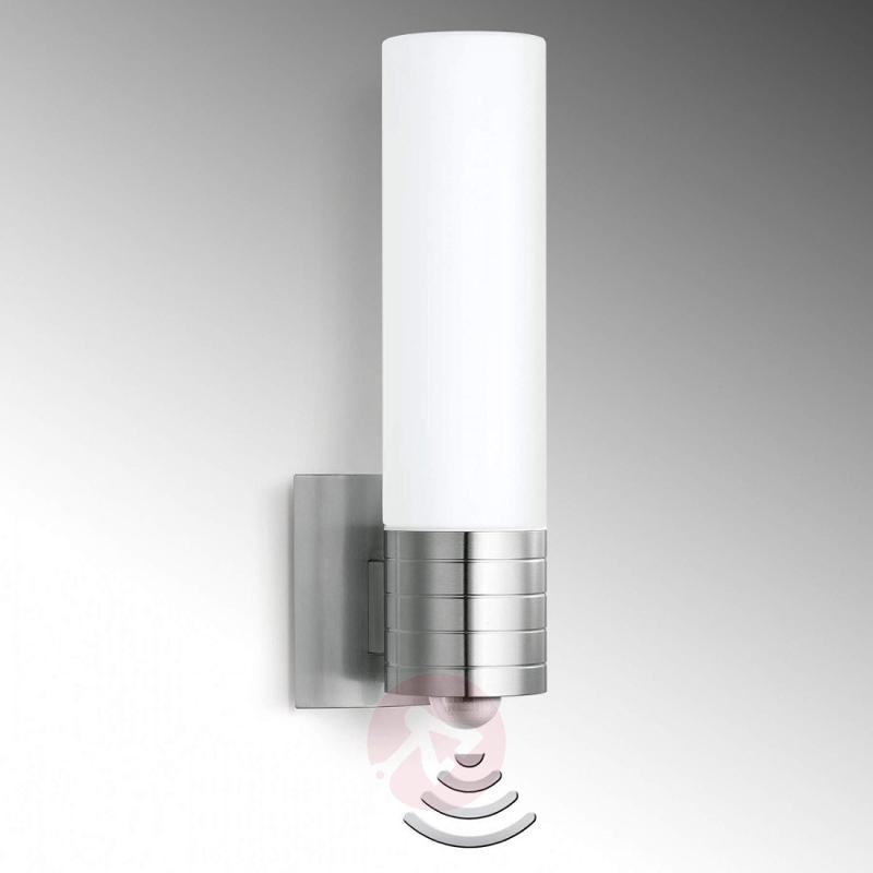 L 260 LED sensor wall light for the outdoors - outdoor-led-lights