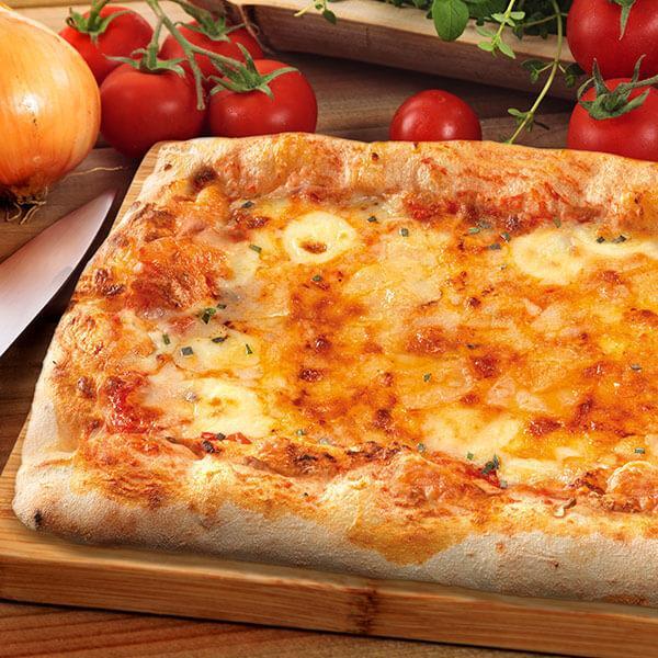 Pizza rettangolare ai Formaggi - null