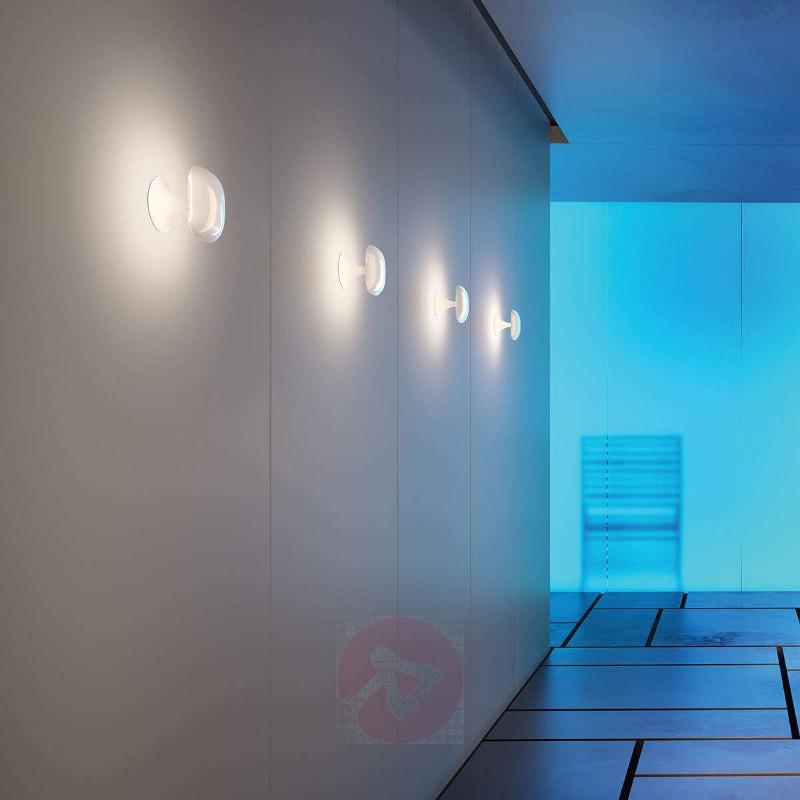 Kinoko rounded LED wall light, white - Wall Lights