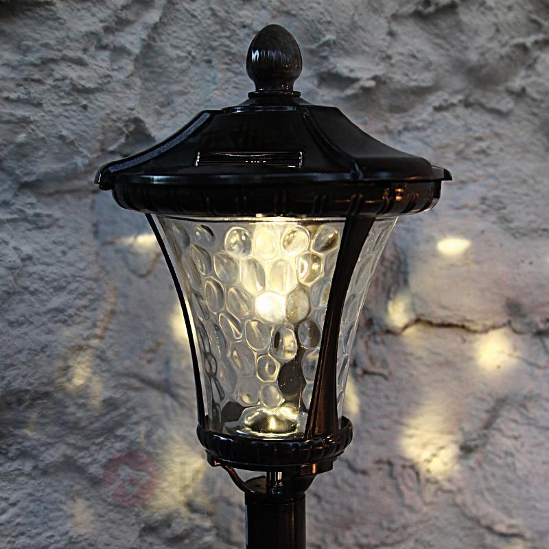 Beau piquet solaire à effet moiré Loki - Lampes solaires décoratives