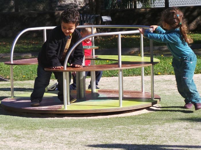 CARROUSELS - Tourniquets pour aires de jeux