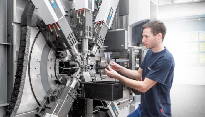 LEANTOOL Radial / Folgeverbund - Standardisierter LEANTOOL-Werkzeugbaukasten für kostengünstige Biegewerkzeuge.