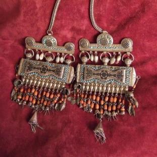 Colliers - Argent, dorures, turquoises, perles, Ouzbékistan