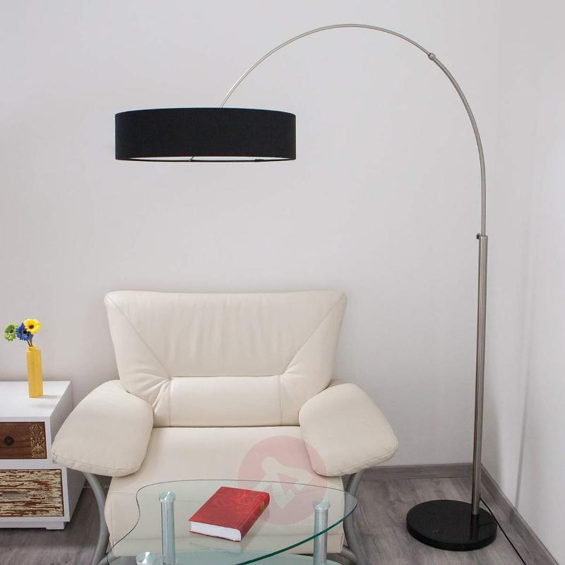 Shing fabric floor lamp with a black lampshade - Floor Lamps