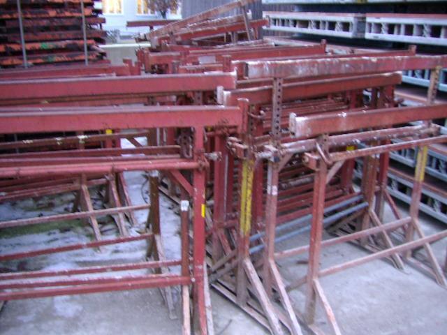 Baustellenbedarf - Übersicht - Kurbelböcke