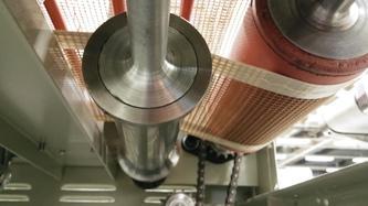 PTFE Gittergewebebänder - Offenmaschig – dort, wo Luftdurchlässigkeit im Produktionsprozess nötig ist