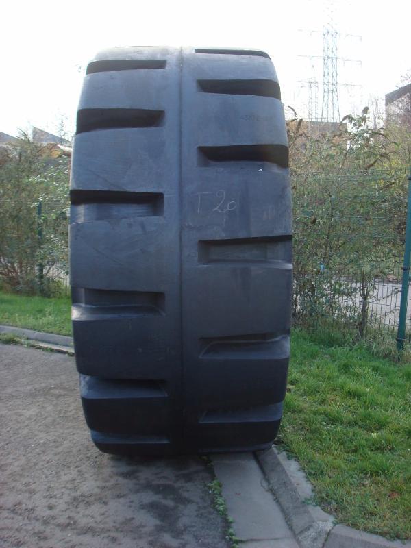 Truck tyres - REF. 45/65X45.LEV.58PR