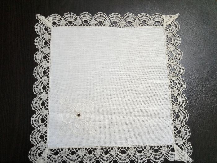 "Napkin ""Snowy"" with  handmade laces -"