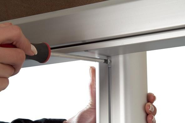 Notice Boards - Vitrine waterproof sur pied magnétique