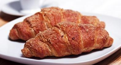 Cereal Croissant - Frozen cereal croissant for HoReCa and Retail